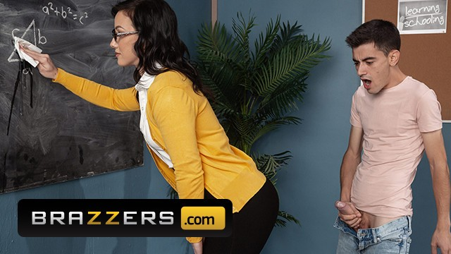 Jennifer jones nude - Brazzers - big dick student ass fucks jennifer white