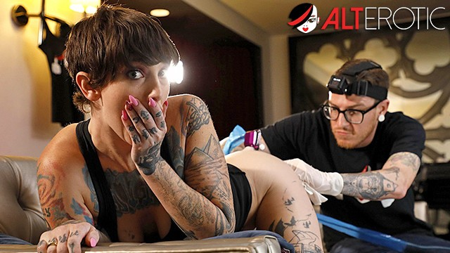 Quality porn free fuck my wet tattooed pussy