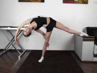 Agata berezka flexible young babe...