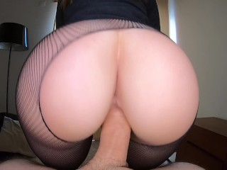 PAWG REVERSE COWGIRL BOOTY SHAKE AND FUCK