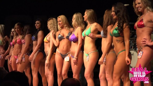 Naked women of datona bike week Super hot and sexy bikini contest daytona bike week babes