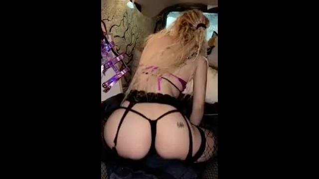 Lingerie & Booty 12