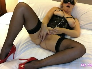 Mini in stockings and sexy corset pussy rubbing...