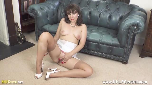Nylon stockings girdle hairy pics - Brunette milf in open vintage girdle sheer nylons legs open for pussy play