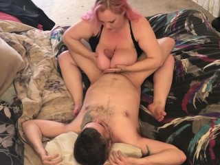 Daddy fucks my pussy good so I repay him with my mouth and tits