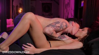 HOT ANDRO DYKE LESBIAN STUD HAS PASSIONATE SEX WITH SEXY FEMME TEEN
