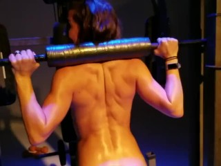 Behind the scenes naked workout...