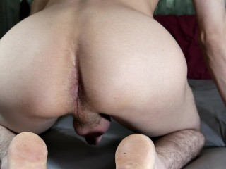Twink finger bangs noisy hairy hole and cums...