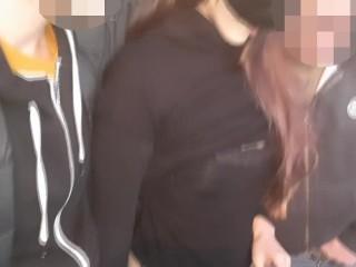 Marito cuckold mostra in breve moglie italiana che fa sborrare sconosciuti. Video porno italiano cuckold con dialoghi