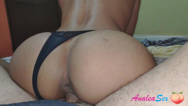 His hands felt my wet clit - My pussy is so wet and warm that his cock doesnt resist 3 minutes inside
