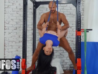 MOFOS – Petite inked asian Rae Lil Black gets some gym dick