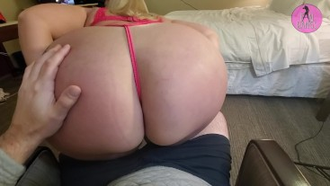 Thick PAWG Mz. Dani Gets Fan Cum on Huge Booty