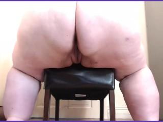 Bbw ssbbw twerk on chair fupa view...