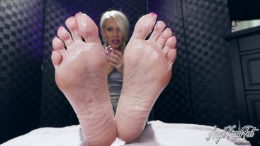 Addicted To My Oily Soles - Feet JOI - Nikki Ashton
