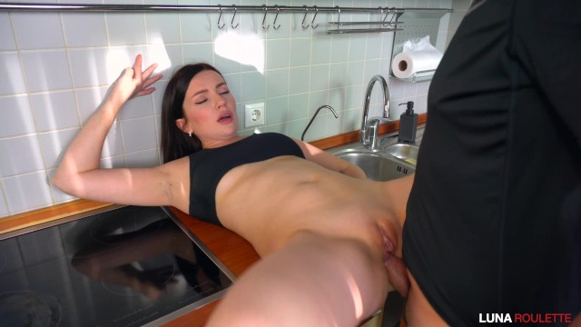 Joana benedek xxx - Fucked a neighbor in the kitchen and cum on face / luna roulette