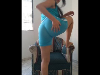 Latina ass shaking and moving her nice...