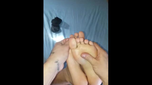 Hott 19 Feet & Ass 7
