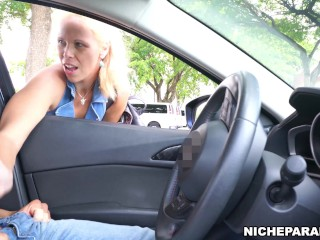 NICHE PARADE - Blonde Cougar Jacked Me Off After I Flashed Cock At Her