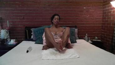 Ebonybabe gives jerk off instruction @SiaBigSexy