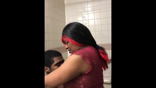 Black queen stuck in the bathroom change up. 10
