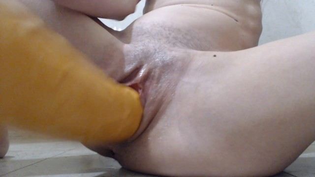 real orgasm and squirting after fisting my pussy and playing with huge dild 14
