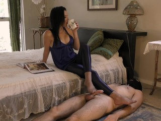 Morning Glory Preview – Femdom Foot Worship – Young Goddess Kim
