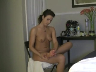 Helena Price Eating And Showing Off Her Ass!
