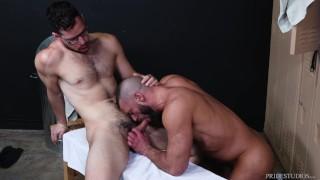MenOver30 - Hairy Older Men Go Bareback In Locker Room