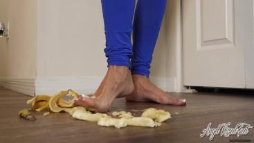 Banana Creamed Feet - Nikki Ashton