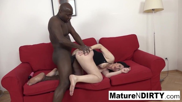Mature takes a BBC up her ass until its filled with cum! 5