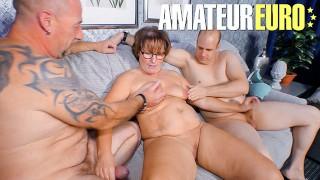 Reife Swinger - Homemade Amateur Swingers Wife Sharing Threesome