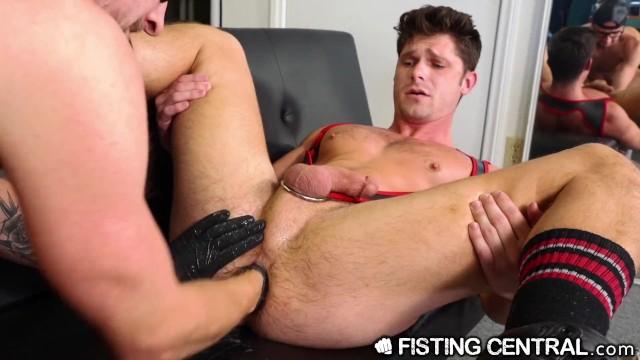 Franco abruzzo gay Fistingcentral - devin franco gets stuffed wrist deep