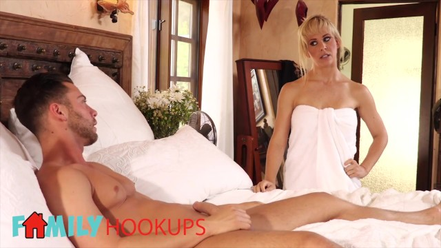 Family Hookups - Blonde Step mom Cherie Deville sucks off stepson