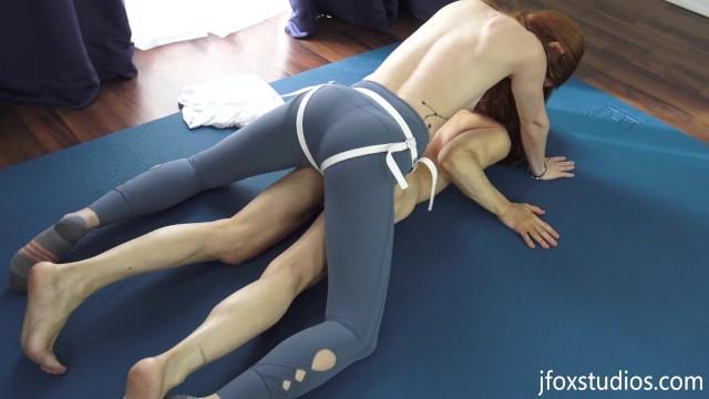 Workout slut Strapon yoga class - glutes and core workout part 2 - 4k