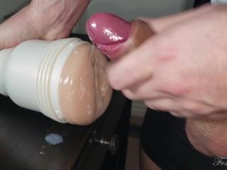 Fucking Riley Reid's Pussy deep in 4K 60Fps – FleshLight
