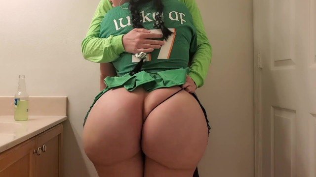Crystal gives blowjob - Stepsister cheats on boyfriend with stepbrother at st patricks day party