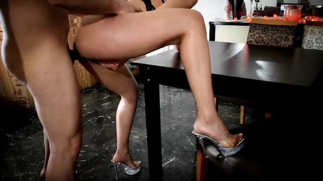 Bama girls escorts - Greek escort girl fucked on the table