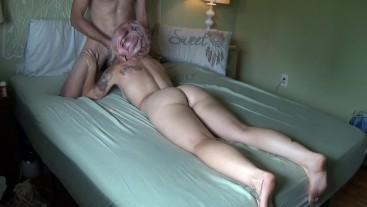 Sleepy Bonni is Seduced by Backrub and Creampied by Step brother!