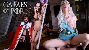 Game of Porn: 4some, threesome blowjob, anal, cumshot