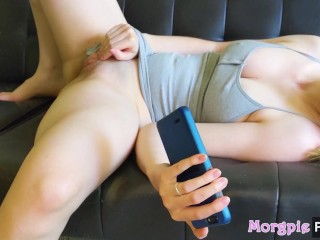 Hot Teen Humps Her Fingers To Porn