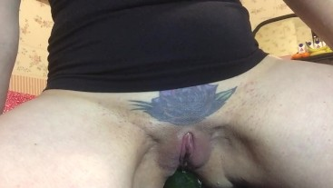 Myra slams her ass hard on a cucumber until she erupts with squirt! 4K