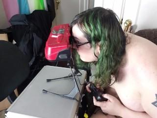 Gamer Girl Smoking Fetish: Virtual Boy