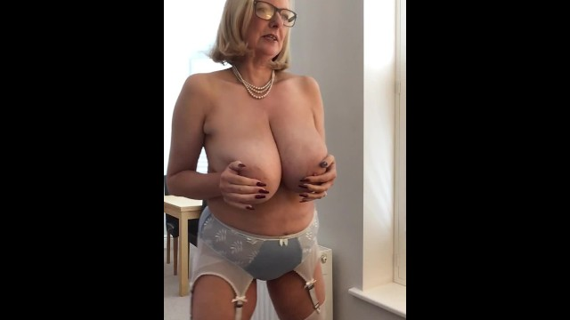 Satin pantie cum Annabels new satin bra and panties