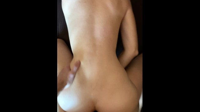 Quick home sex 12
