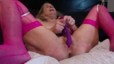 Hot Milf Pink Stockings Toys Wet Pussy Gets Fucked Huge Dripping Creampie