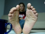 Video chat with sexy feet of your girlfriend (foot fetish, soles, toes)