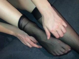 70 nylon knee sock...