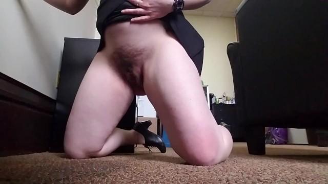 Carpet pee - Desperate carpet piss again same spot