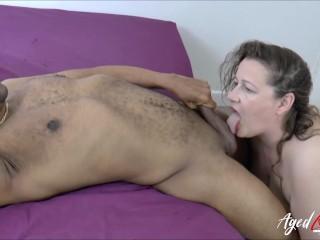 AgedLovE Eve Jayne loves sucking cocks