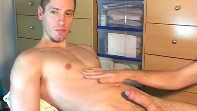 Us gay heros - A counterparty : delivery guy got a big tip to let us to wank his dick